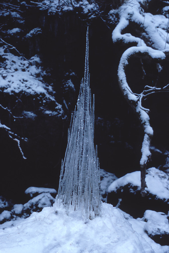 Andy Goldsworthy_Icicle Spire_1985_Color